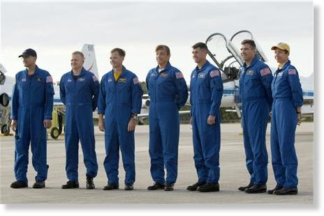 space shuttle endeavour crew members - photo #42