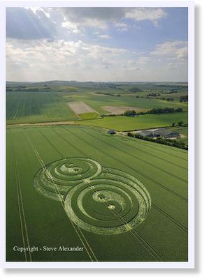 © Steve Alexander -- Krąg zbożowy w pobliżu Avebury, Wiltshire, 21 czerwca
