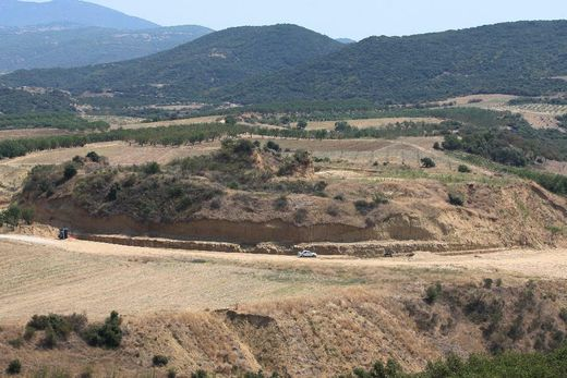 burial discovered greece