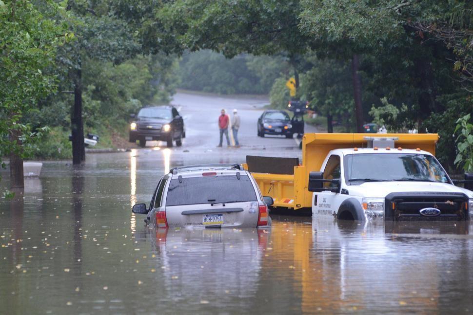New York Flood Cars