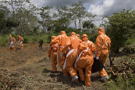 ebola workers 2