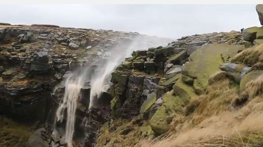Strong winds create reverse waterfall in England