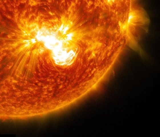 Largest sunspot on sun in more than two decades unleashes ...