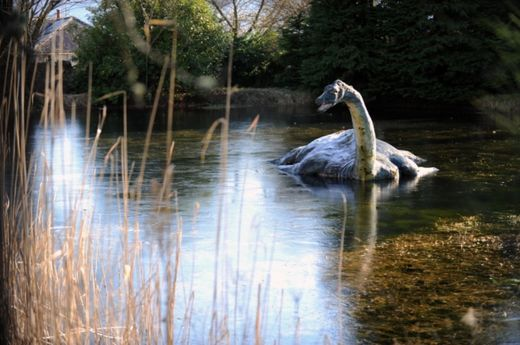 London museum planned to 'shoot and steal Nessie'