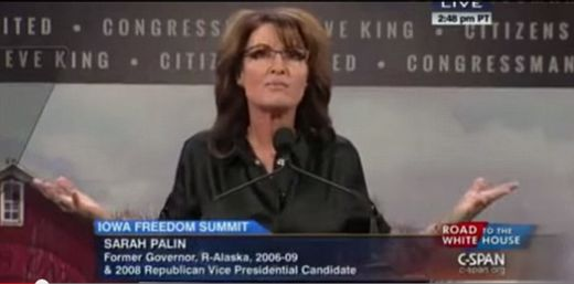 Sarah Palin reverts to incoherent babblings during teleprompter freeze
