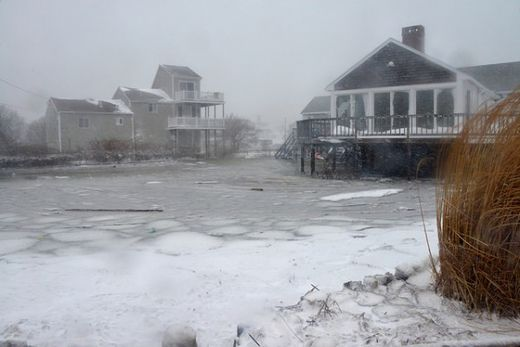 Flooding hits parts of Massachusetts coast after winter storm Juno