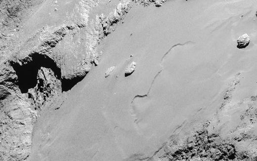 comet 67P surface 2