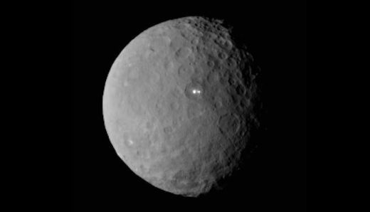 Dawn mission to Ceres reveals bright spots on dwarf planet