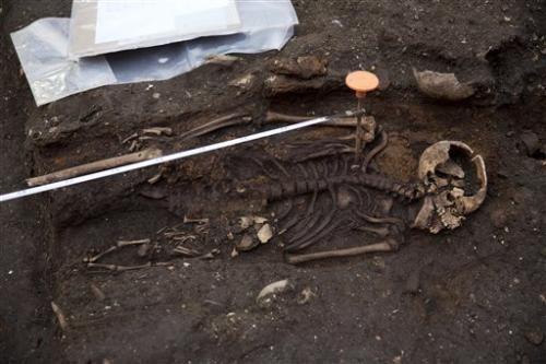 skeletens bedlam burial ground
