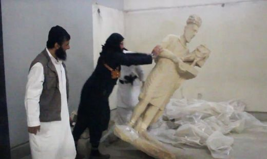 ISIS /statue