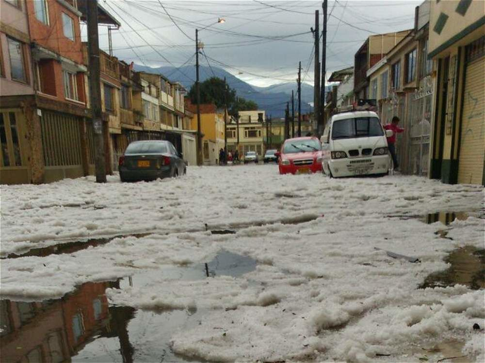 Bogota Colombia Covered In 60 Cm 24 Inches Of Snow And