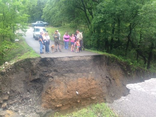 Crews in Wagoner County, Oklahoma rescue families stranded by sinkhole