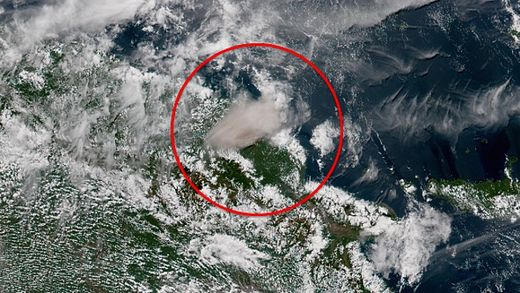 Manam Volcano erupts in Papua, New Guinea; spews ash 65,000 feet