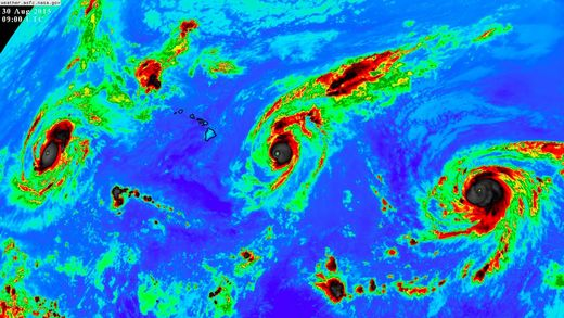 THREE simultaneous Category 4 Hurricanes in Pacific Ocean: A new record