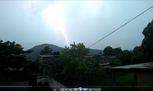 Lightning revealed UFO in Brazil?