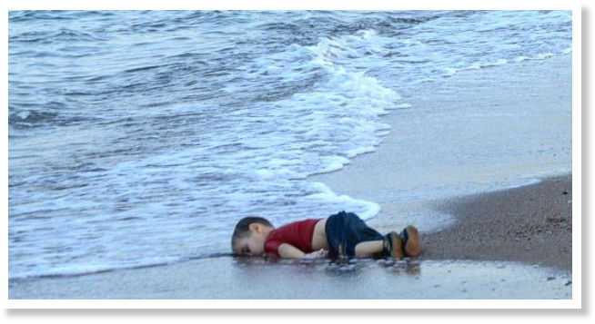 Refugees are coming.... Migrant_childs_body_on_beach