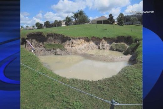 Large sinkhole appears on The Villages golf course, Florida