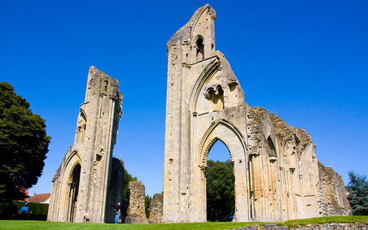 "Glastonbury legend was ""fabricated by 12th century monks desperate to raise cash"""