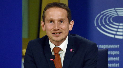 Denmark tells Ukraine to follow Minsk agreement or sanctions against Russia could be dropped