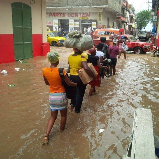 Floods hit Dominican Republic and Haiti following 8 inches of rain in 24 hours