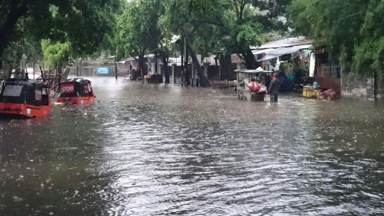 cause of flood in jakarta Jakarta is very vulnerable to flooding  or sinks suddenly, continues in the city at  increasingly alarming rates mainly caused by intensive deep.