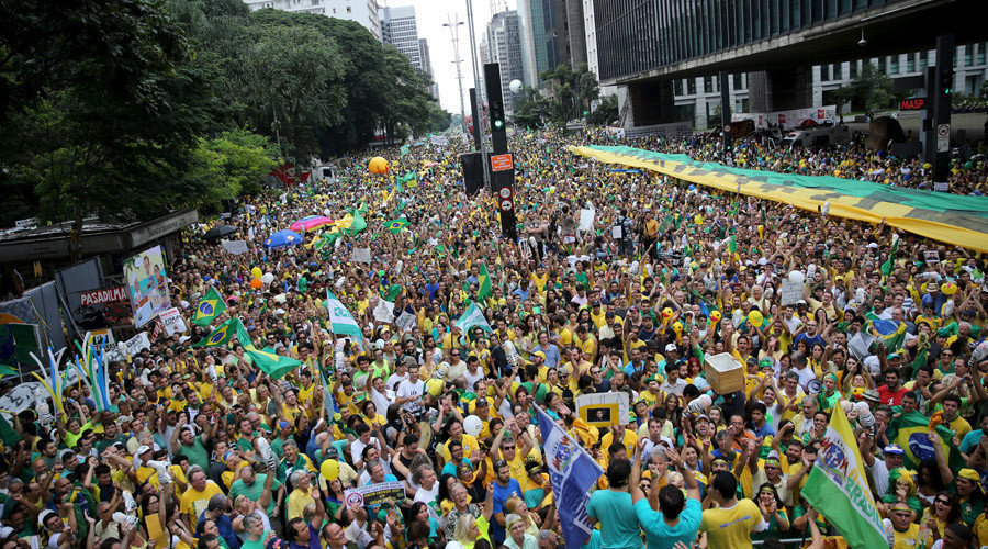 people and government of brazil Brazil's judicial system plays an important role in the brazilian economy it is responsible for compliance to laws regarding the economy, which are determined by the constitution any government decision affecting the rights of the individual is contested and supported by an independent judicial system.