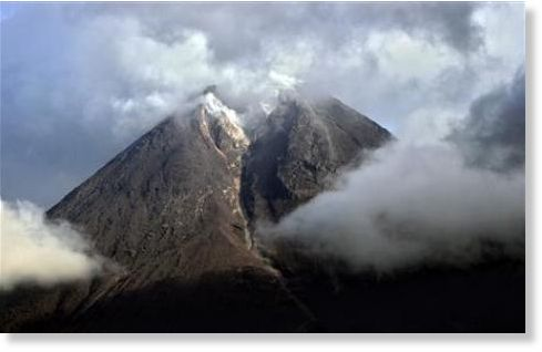 reuters andry prasetyo mount merapi is seen emitting smoke from