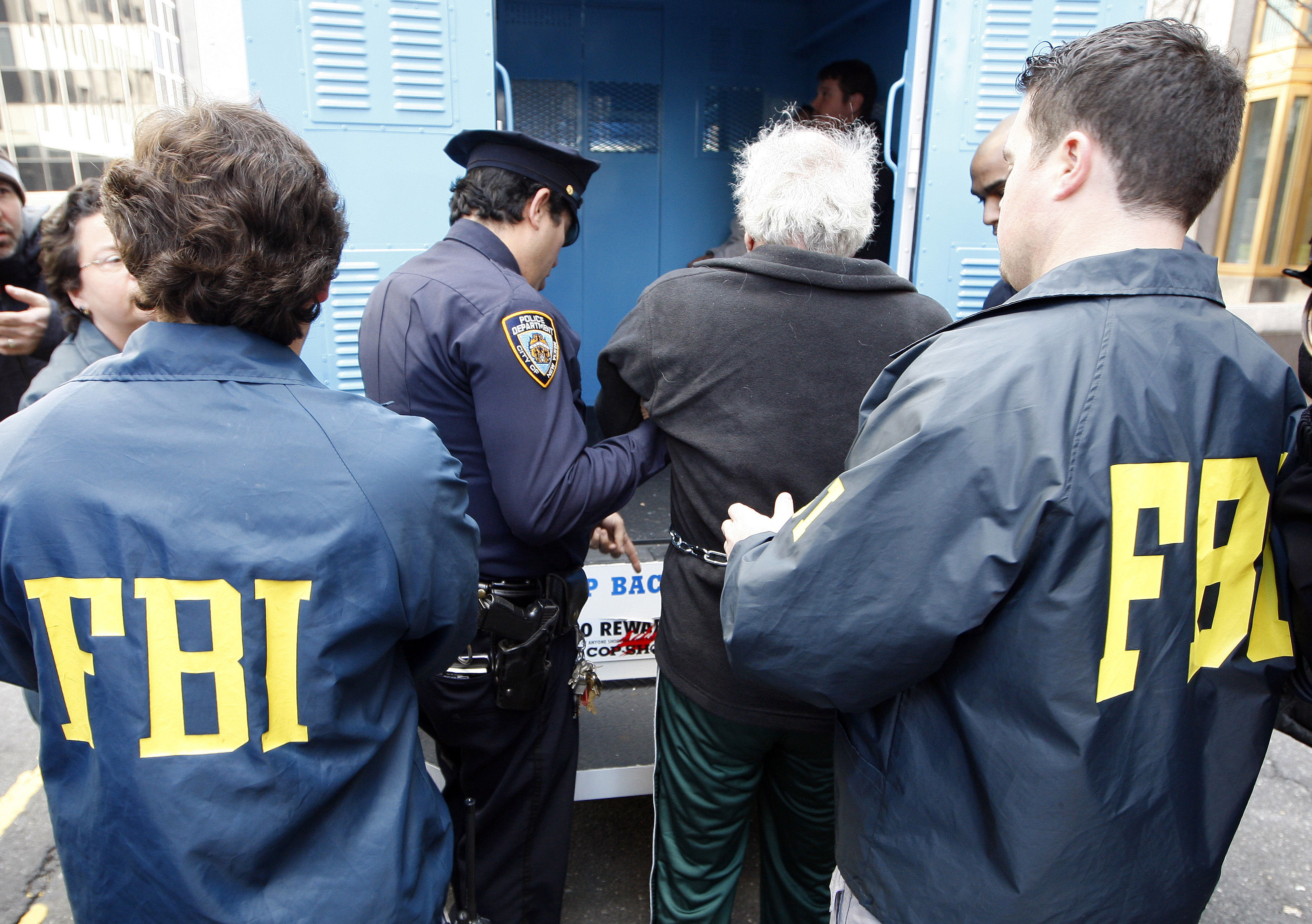 US: FBI arrests 127 in its biggest ever Mafia crackdown ...