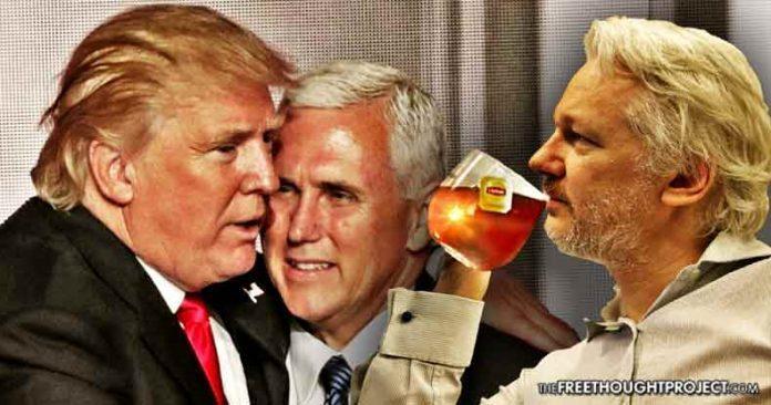Výsledek obrázku pro foto Mike Pence assange