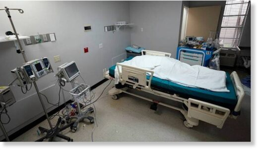 the body of a patient who died inside the Coronavirus Unit