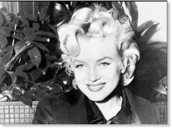 Marilyn Monroe Garage Sale Photos