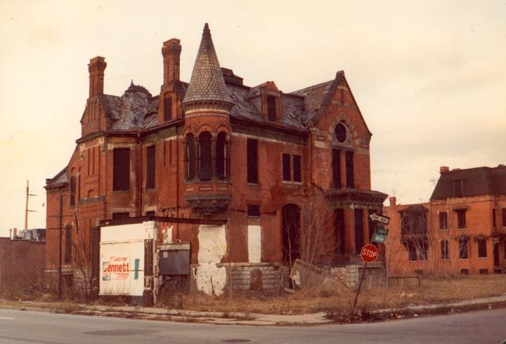Democratic mayor rolls out detroit downsizing plan for Building a house in michigan