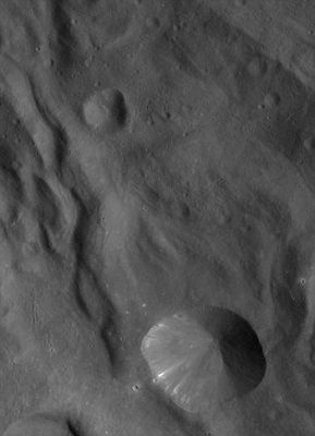 Vesta close 2