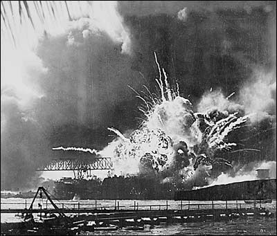 why did the japanese attack pearl harbour essay Pearl harbor attack: the anchored ships in the harbour made perfect targets for the japanese bombers following the japanese attack on pearl harbor the.