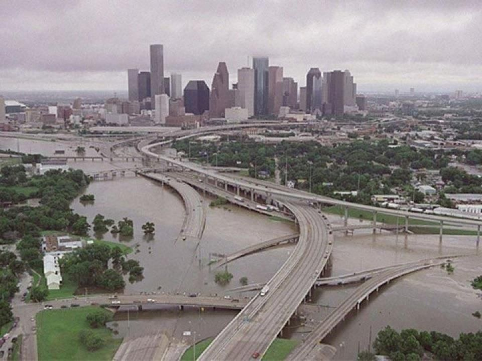 ... rain causes flash flooding in Houston -- Earth Changes -- Sott.net