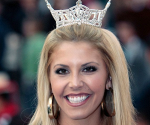 Former Miss Nevada Sues Police For Breaking Into Home, Getting Her Out of Bed Naked
