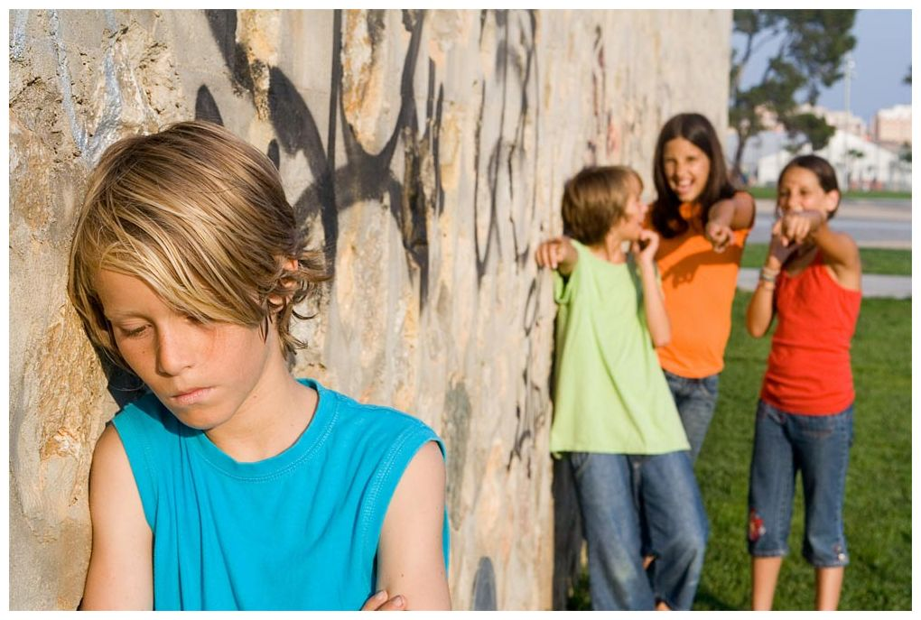 childhood bullying What makes child bullying unique from other types of traumatic experiences is that the perpetrators are often also children kids bully other kids for a variety of reasons, some more obvious than.