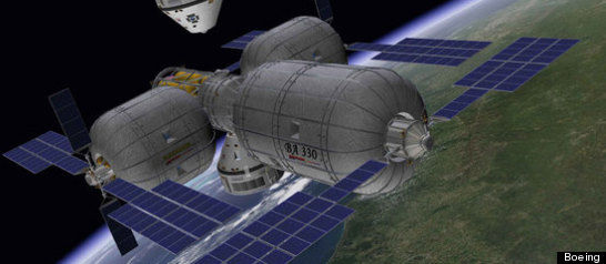 r_INFLATABLE_SPACE_STATION_lar.jpg