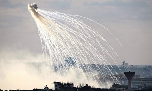 White phosphorus 4