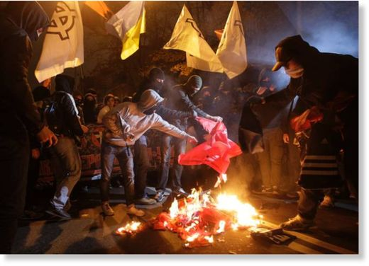 ukraine flag burning
