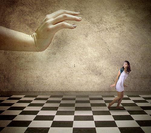 Psychological manipulation using cognitive dissonance ...