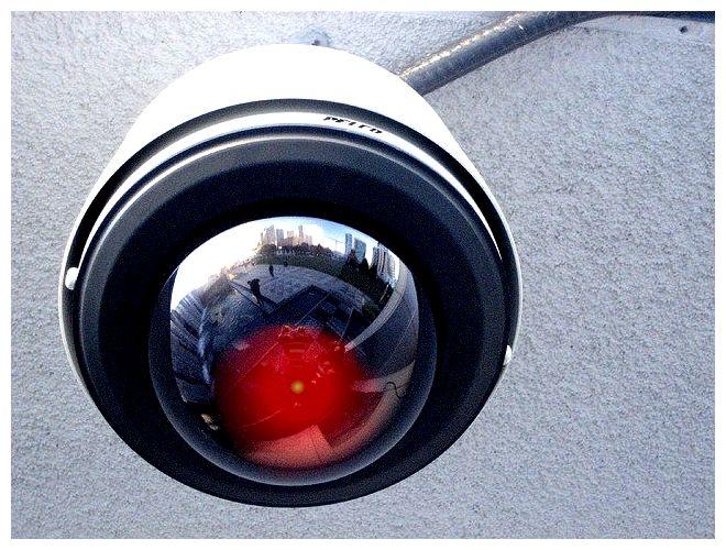 """Vigilância do grande irmão: 0x01 Câmeras de Vigilância """"Pré-Crime"""""""