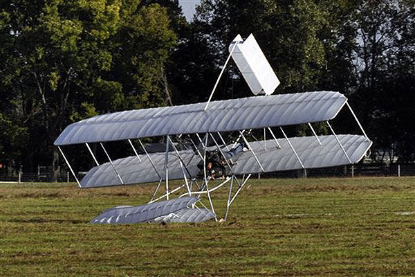 replica of wright brothers u0026 39  plane crashes in ohio