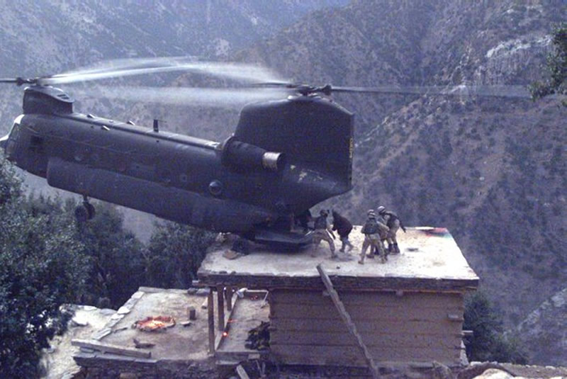 US counter-insurgency in action: Blackwater helicopters airlifting 'Taliban terrorists' around Afghanistan and Pakistan