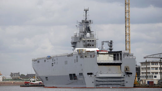 France suspends delivery of the Mistral warship to Russia