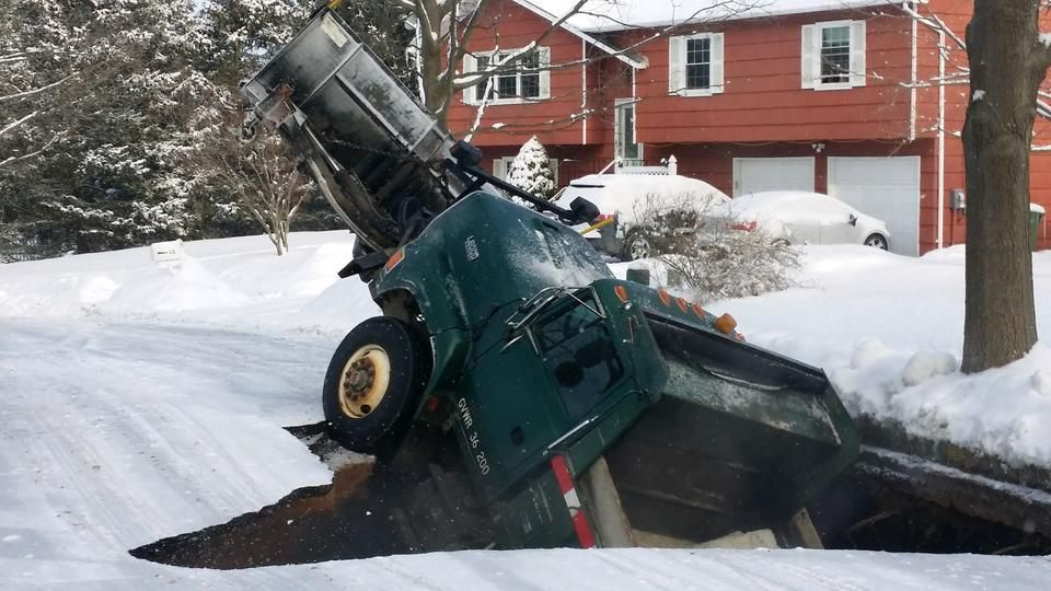Sinkhole Swallows Snow Plow Truck In New Jersey Earth Changes