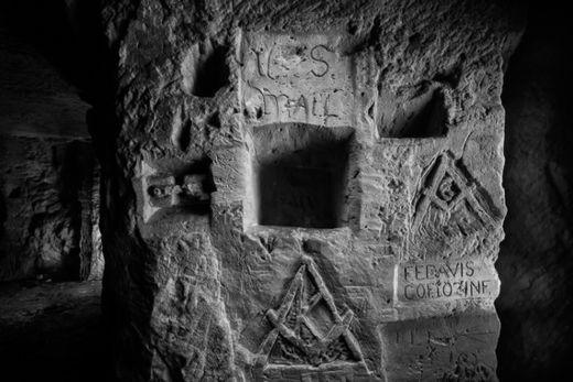 us mailbox carved underground france