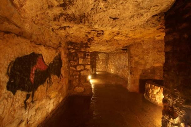 Mysterious Labyrinth of Buda: Ancient caves beneath castle in...