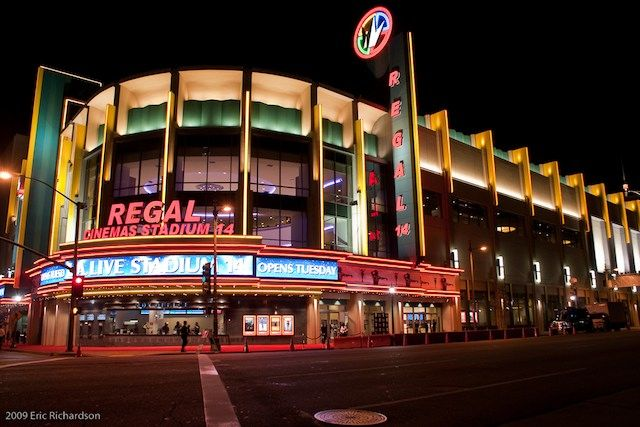 Contact Regal Entertainment Group and our circuit of theatres: Regal Cinemas, United Artists & Edwards Theatres, Cinebarre. Customer Service, Corporate, Press, & Investor Relations >>>.