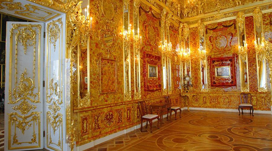 Nazi treasure train 39 found 39 in poland journalist claims may contain russia 39 s lost amber room - La chambre d ambre photos ...